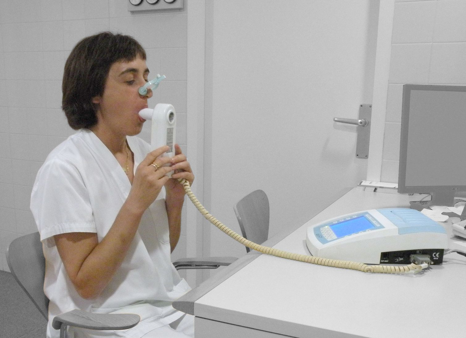 In the end the formal diagnosis of COPD is made using spirometry (source)